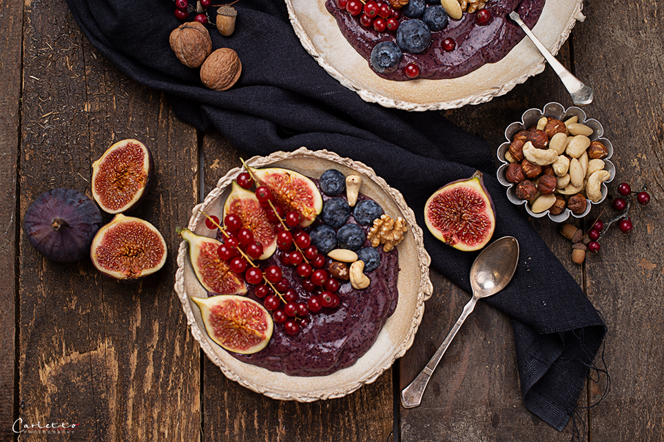 dunkle-Smoothie-Bowl